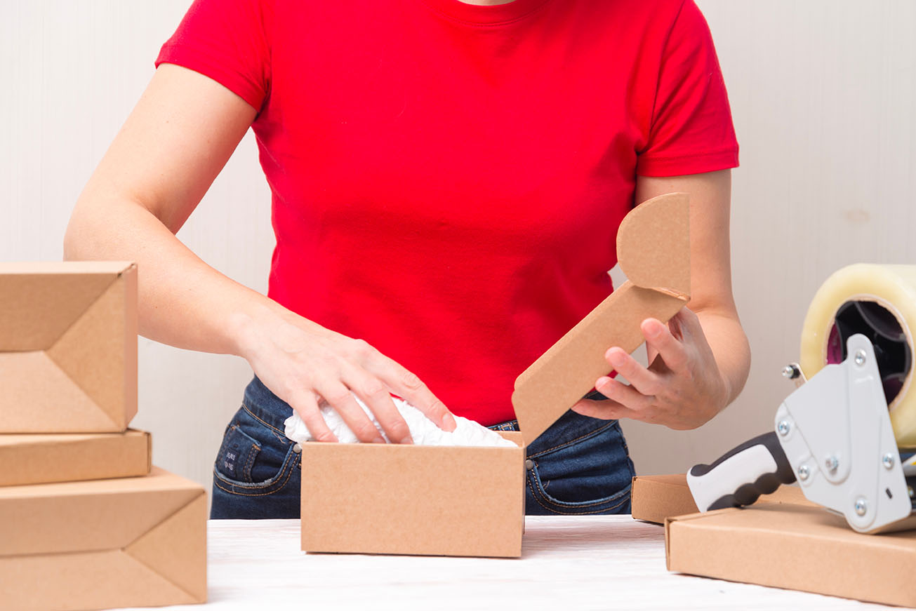 shipping and mailing service for ecommerce